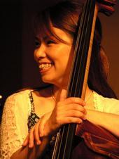 tomomi Azuma